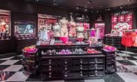 В ТРЦ «Европейский» открылся магазин бренда Victoria's Secret: добро пожаловать в сказку!
