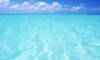 Цвет аквамарин – интересный оттенок для любительниц небанального и свежего
